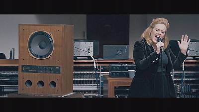 No streaming for Adele's '25' in the shops now