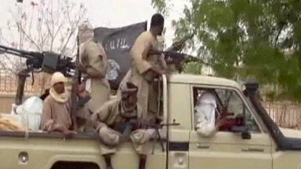 Jihadist strike on Mali luxury hotel defies French troop presence