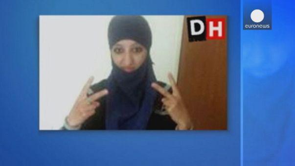 Hasna Aitboulahcen did not detonate a suicide vest during the St. Denis shoot out