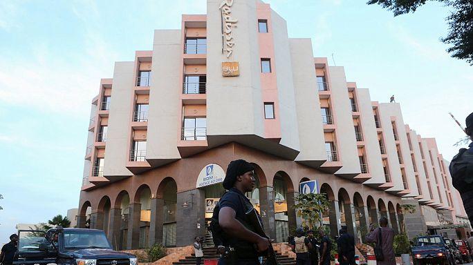 Terör Paris'in ardından Fransa'nın eski sömürgesi Mali'yi vurdu