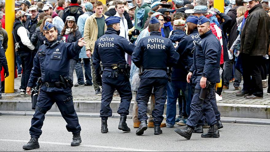 Brüksel'de terör alarmı en yüksek seviyeye çıkarıldı