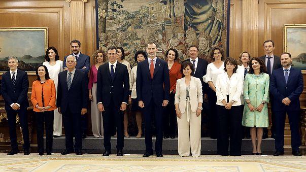Image: Spanish cabinet