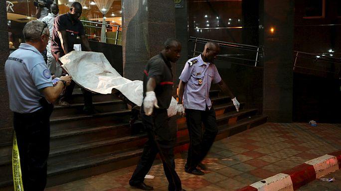 رئيس مالي يعلن حالة الطوارئ مدة عشرة أيام بعد الهجوم الإرهابي على فندق راديسون