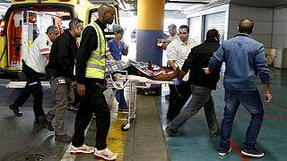 Палестинцы с ножами продолжают нападать на граждан Израиля