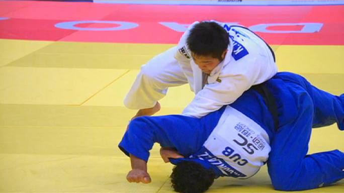 Teddy Riner strikes gold in China