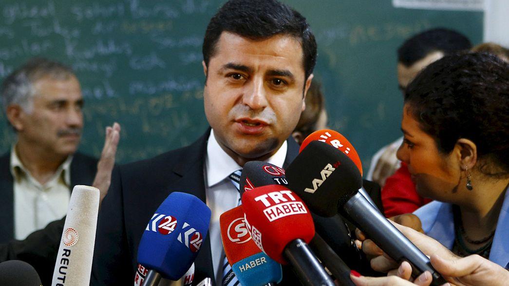 Rálőttek a törökországi kurdok vezetőjére
