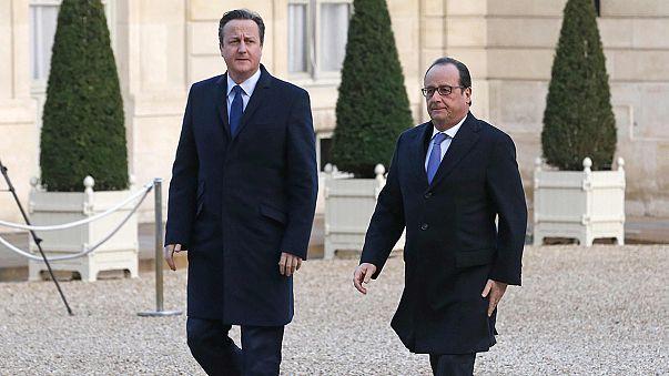 Diplomácia akciót indít a francia elnök a terror ellen