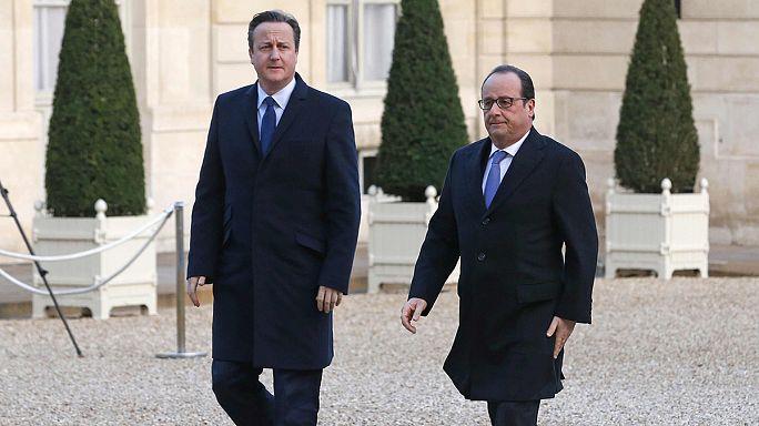 Hollande IŞİD'e karşı diplomatik atağa geçti