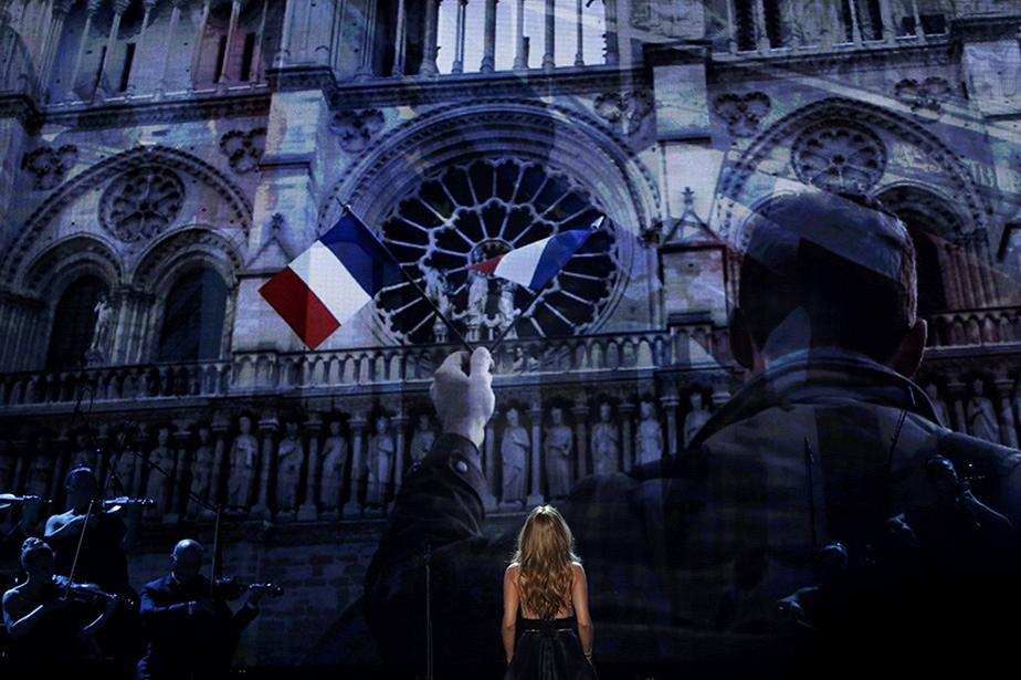 O tributo de Celine Dion às vítimas do ataque de  Paris