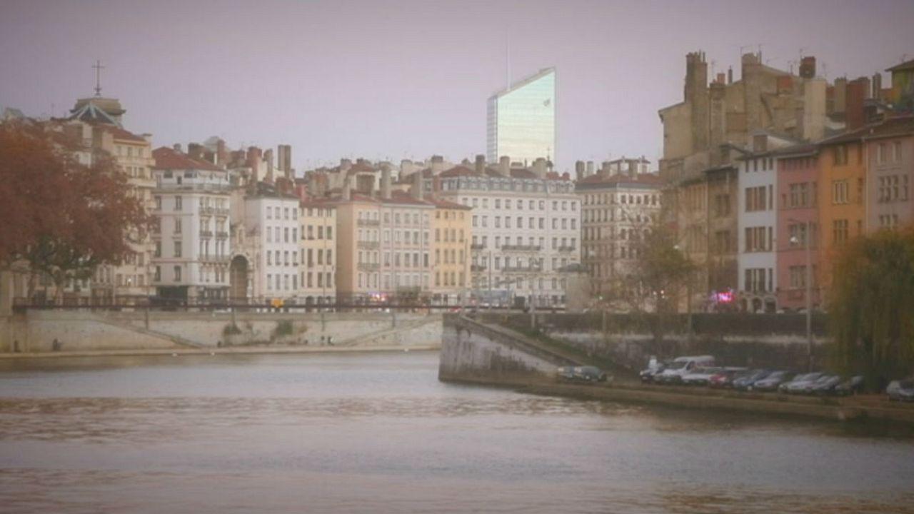 التحليق في أفق مدينة ليون، فرنسا