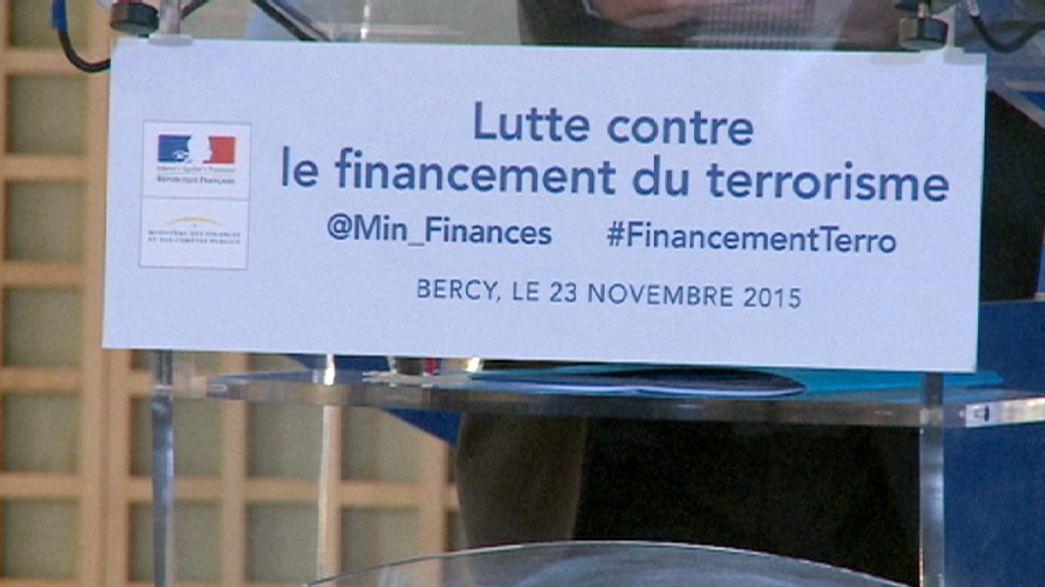 Francia quiere golpear en el bolsillo de los terroristas