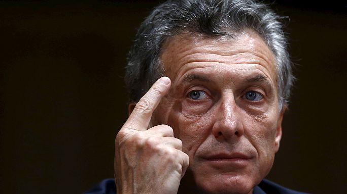 A holtpontról kell kimozdítania az argentin gazdaságot Macrinak