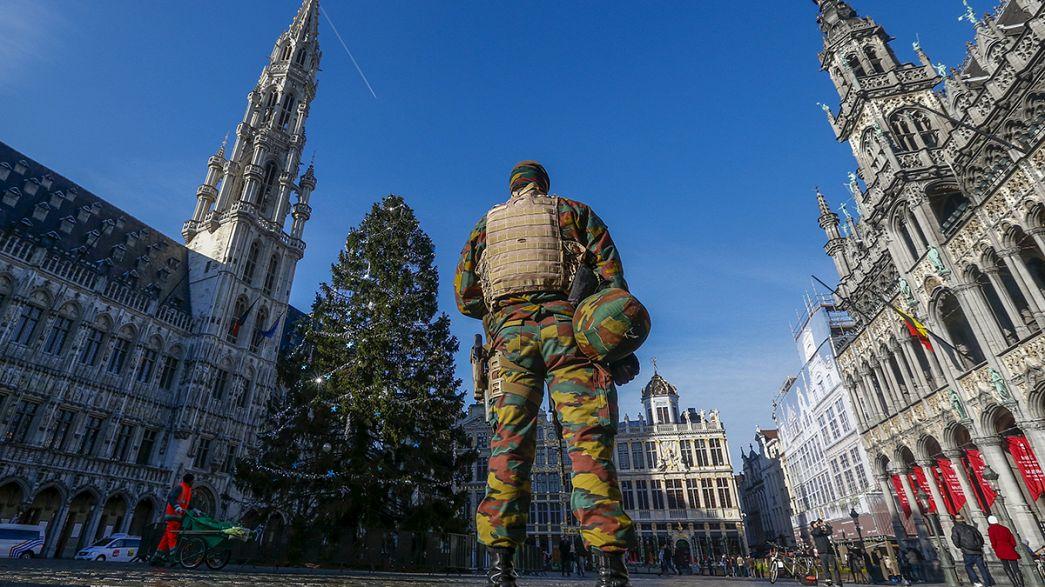 Mantém-se alerta máximo em Bruxelas até segunda-feira