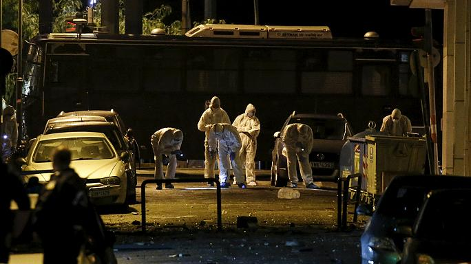 Bomba robbant Athén központjában