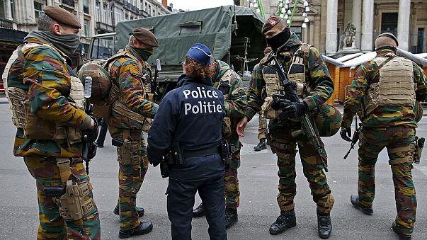 Брюссель: уровень террористической угрозы останется максимальным