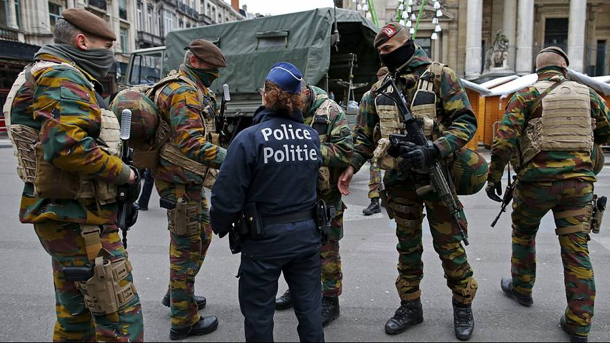 Bruselas sigue en alerta ante el temor a sufrir una réplica de los atentados de París