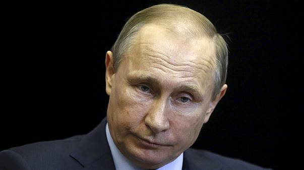 """Turkey downing of Russian plane """"a stab in the back"""" says President Vladimir Putin"""