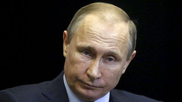 """Putin afirma que Turquía """"es cómplice del terrorismo"""""""