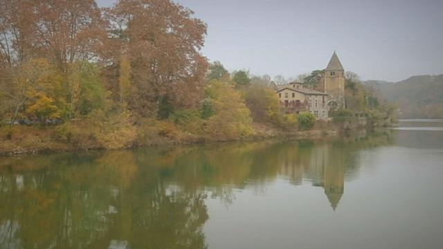 Postcards from Lyon: The picturesque Ile Barbe