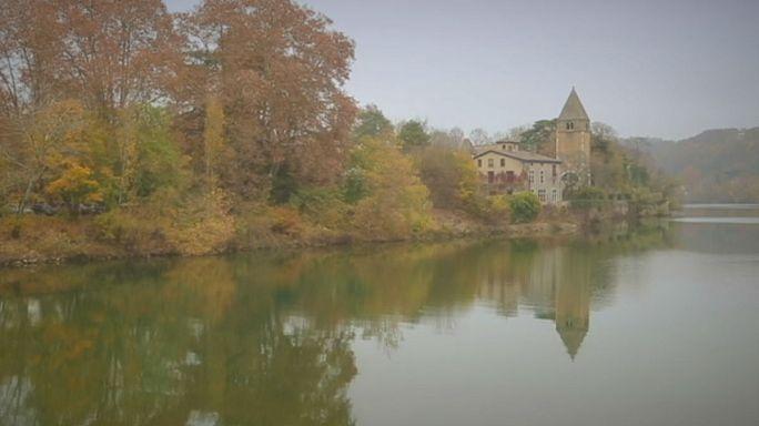 Lyoni képeslapok: a Barbe-sziget