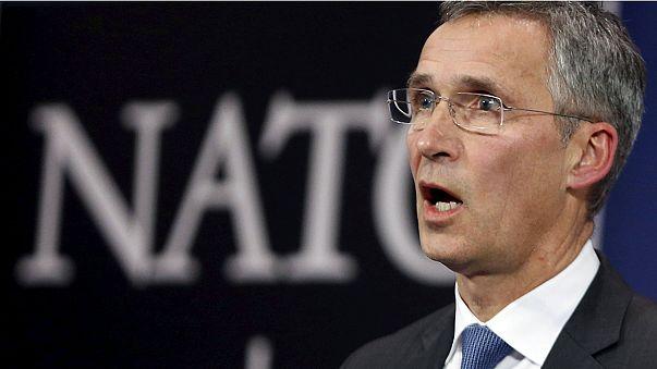 La OTAN pide a Turquía y a Rusia que rebajen la tensión en la frontera con Siria