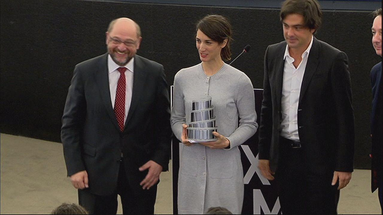 """فيلم المخرجة دنيزدامزي ايرغيفين""""موستانج""""، يفوز بجائزة البرلمان الأوروبي"""