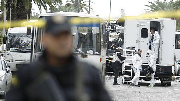 ISIL claim suicide blast on Tunisia presidential guard bus