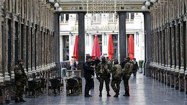 بيزنيس لاين: اجراءات أمنية مشددة لمكافحة الإرهاب