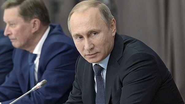 بوتين يتهم تركيا بدعم التطرف الإسلامي