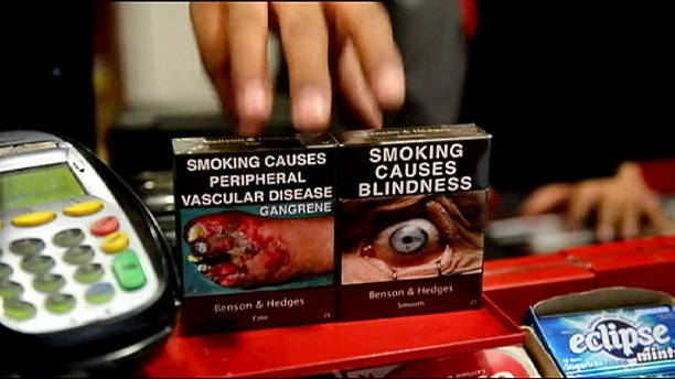 Francia aprueba el paquete de tabaco neutro a partir de 2016