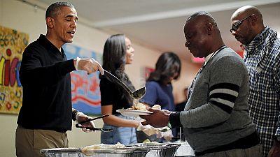 Obama alaba la generosidad con los refugiados en el Día de Acción de Gracias