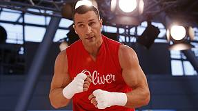 Klitschko and Fury warm up for title fight at Dusseldorf airport