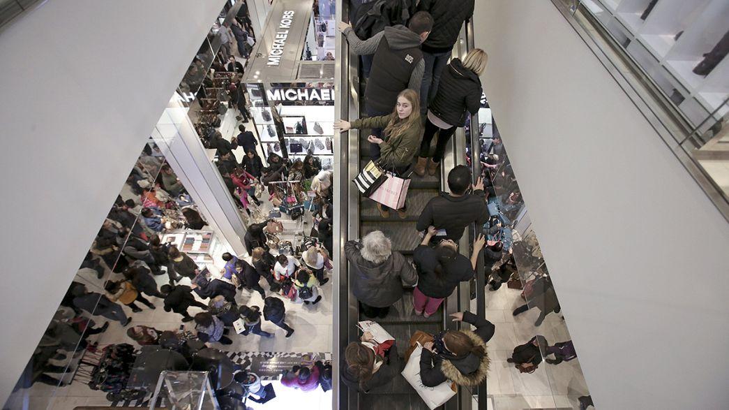 More shoppers go online for Black Friday bargains