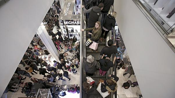 Le Black Friday, une tradition bien américaine qui s'implante progressivement en Europe