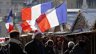 Francia: sventola fiero il tricolore