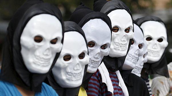 Марши и демонстрации перед климатическим саммитом в Париже
