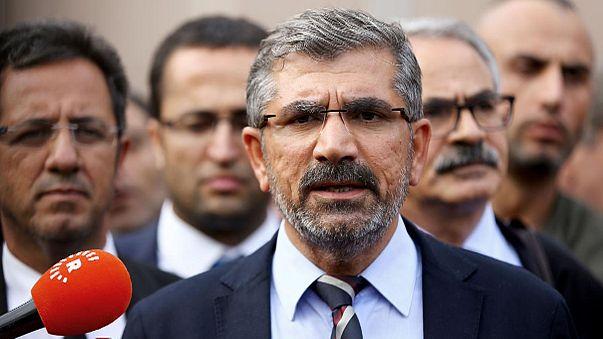 Diyarbakır Barosu Başkanı Tahir Elçi silahlı çatışmada hayatını kaybetti