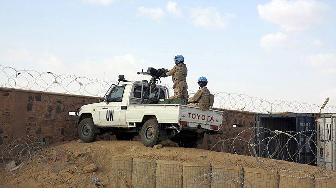 Mali: deux casques bleus et un civil tués dans l'attaque d'une base de l'ONU