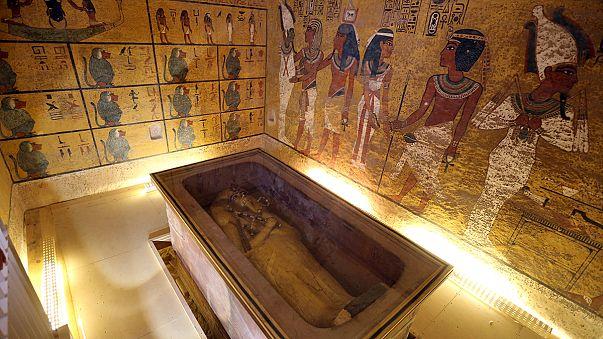Továbbra is Nofertiti kamráját sejtik Tutanhamuné mögött