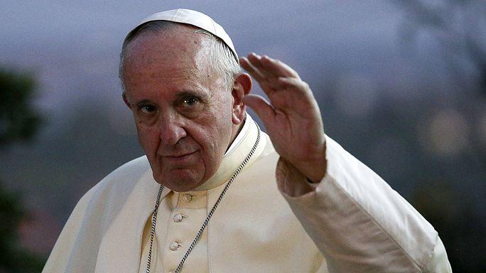 Papa Francis Uganda'da katledilen Hristiyanlar için ayin yönetti