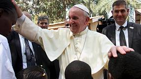 Pope Francis brings message of reconciliation to Central African Republic