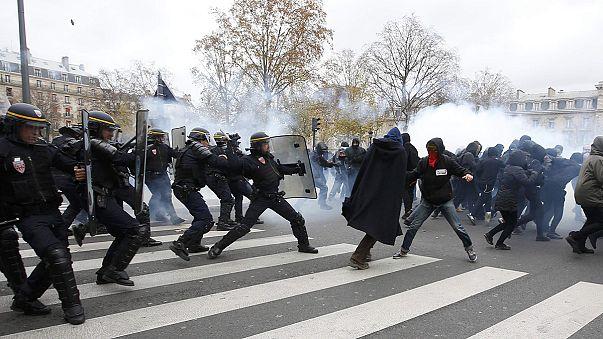 Marchas mundiales por la justicia climática. 300 detenidos en París