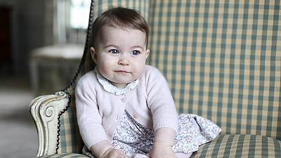 UK: new photos released of Princess Charlotte
