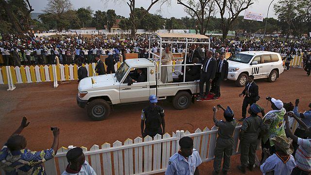 البابا فرانسيس في لقاء سلام مع مسلمي أفريقيا الوسطى