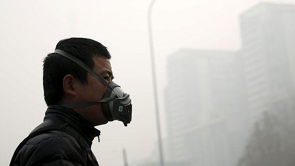 China em alerta laranja por causa da poluição