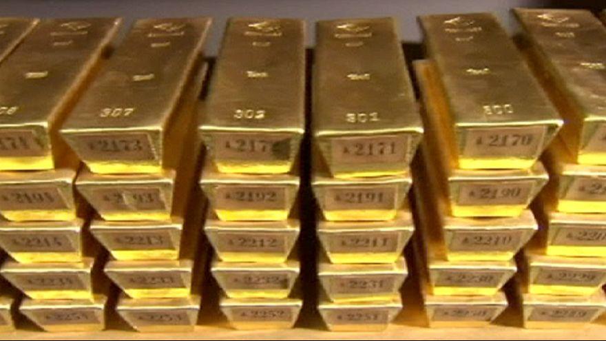 El oro, en mínimos en seis años por la inminente subida de tipos de la Fed