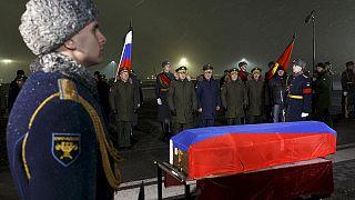 Hazaszállították a lelőtt orosz gép pilótájának holttestét