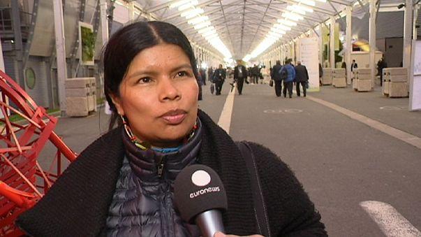 Bennszülött aktivisták a párizsi klímacsúcson