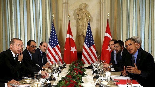 Le Président turc encouragé par Barack Obama à arrondir les angles avec Moscou