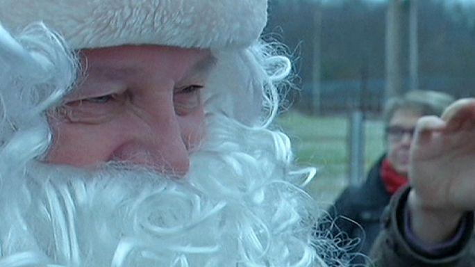 Retrouvailles de deux Pères Noël
